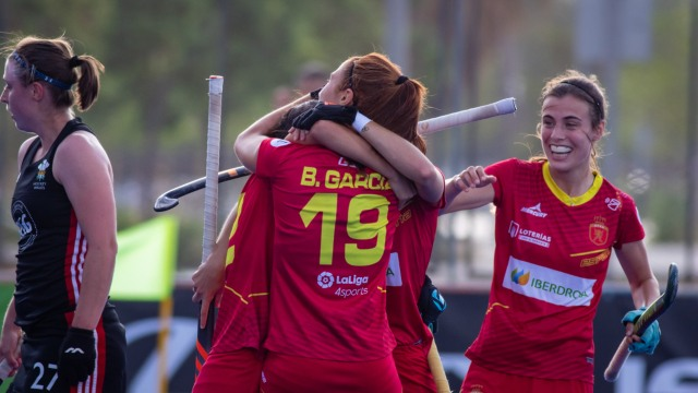 Las #RedSticks
